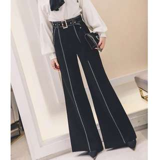 ⏳🔱 Exposed stitch flare pants