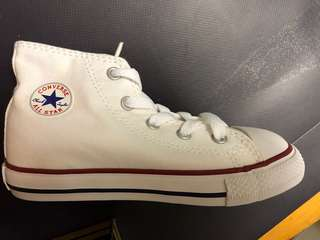Converse all star white infant(幼兒) size us 9