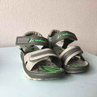 Babies' sandals size 5 Rider