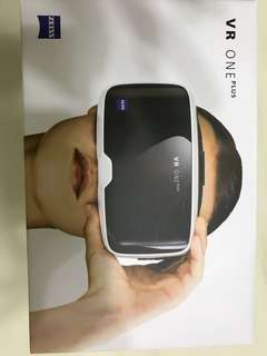 Brand New Zeiss VR One Plus