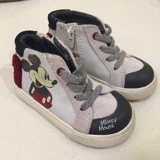 Mickey boot