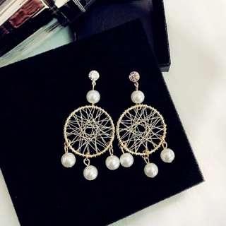 Dreamcatcher pearl earrings