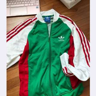 *Fast Deals* AUTHENTIC Adidas Jacket