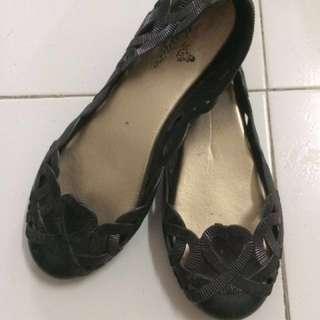 #bajet20 Jelly shoes
