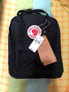 kanken mini backpack black
