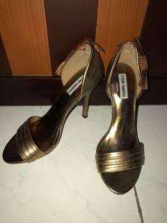 Steve Madden Gold shoes