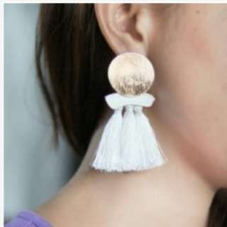Aksesories bedak foundation mascara eyeliner accessories earrings bbcream