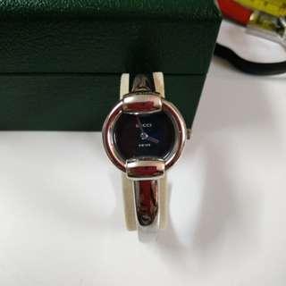 GUCCI 銀色手鈪手錶 100%真品 60%NEW