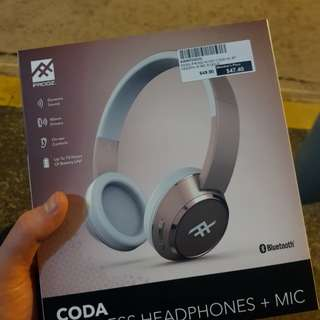 BNIB Wireless Headphones + Mic