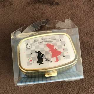 Alice 小鏡盒