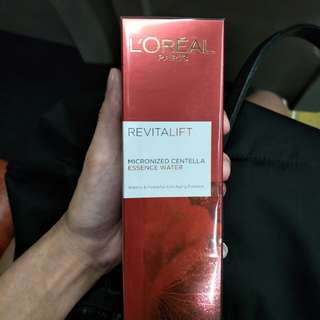 Loreal paris revitalift micronized centella essence water