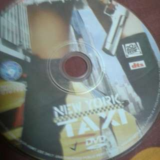 DVD  ENGLISH MOVIE  New York Taxi  After a slew of traffic accidents, police Detective Andy Washburn (Jimmy Fallon) has his driver's license revoked by his lieutenant (Jennifer Esposito), who also demotes him. One day on duty, Andy