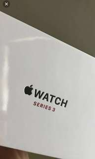 全新 Apple iWatch series 3 42mm 太空灰配黑色帶