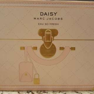 MARC JACOBS - Daisy