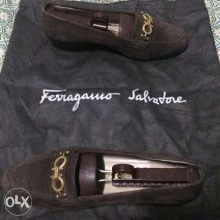 Size 7 Ferragamo shoes