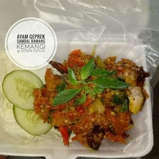 Ayam geprek sambal bawang kemangi + nasi