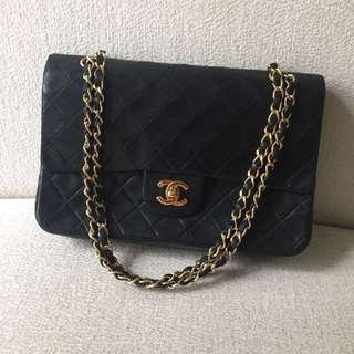 AUTHENTIC CHANEL Vintage Classic Medium Double Flap