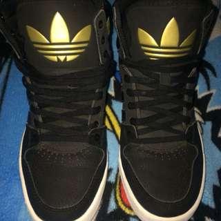 Repriced 1,200 Adidas ortholite