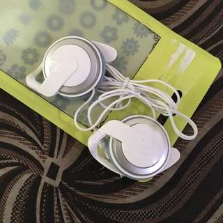 Bnew White Headphones /headset (mini)