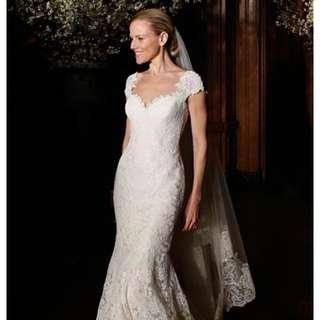 Romona keveza legends lace gown
