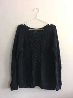 Gap navy cable knit sweater