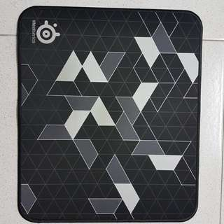 QcK Limited mousepad