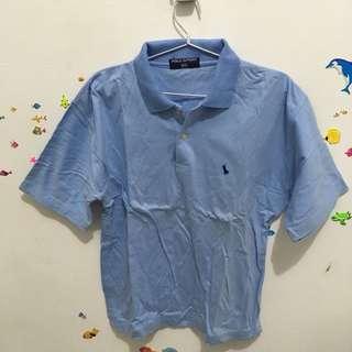 Polo shirt biru