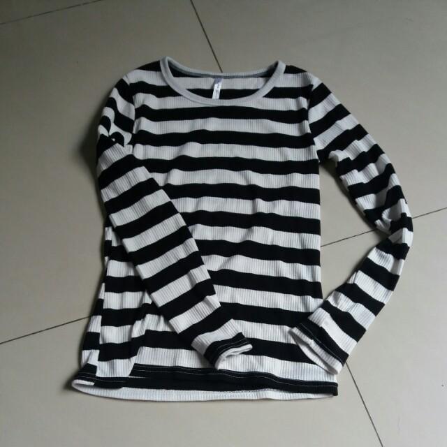 黑白條紋貼身螺旋紋長袖