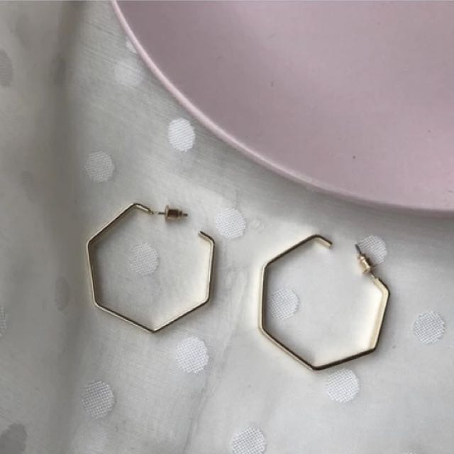 六角型耳環