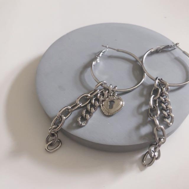 愛心鑰匙鎖圈圈耳環