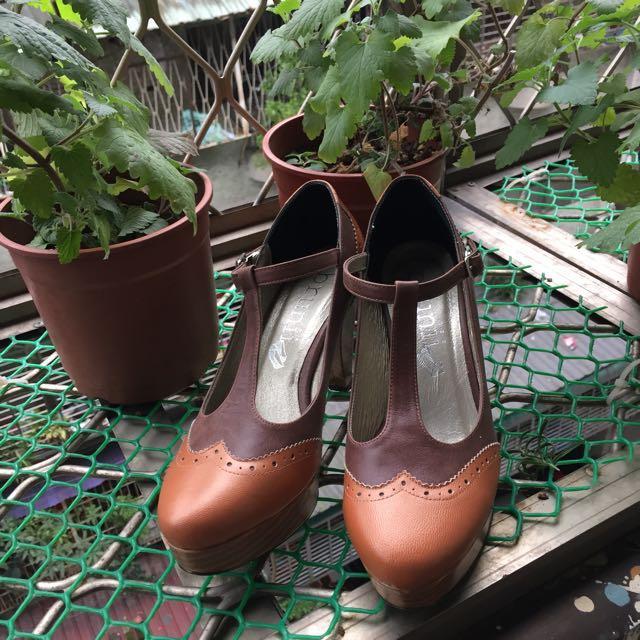 含運 Brunii真皮 絕版鞋 焦糖餅乾 #24.5