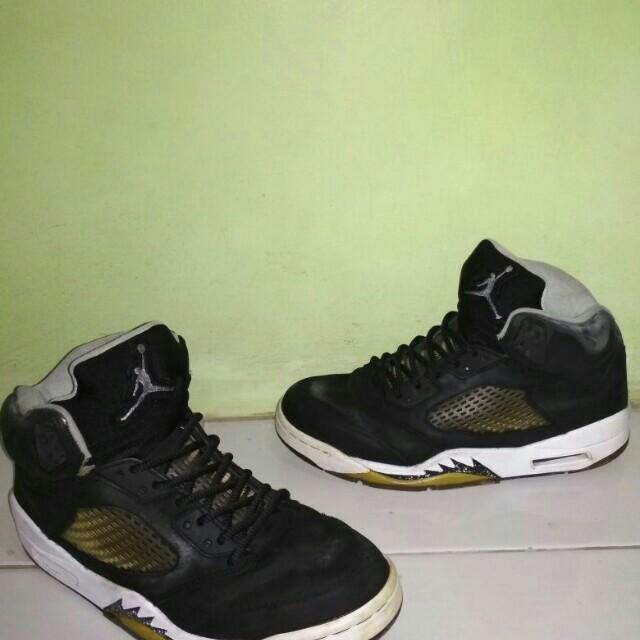 75a4271aa94 Air Jordan 5 Retro