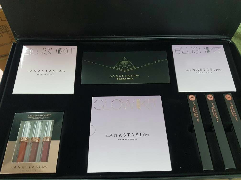 Anastasia make up set