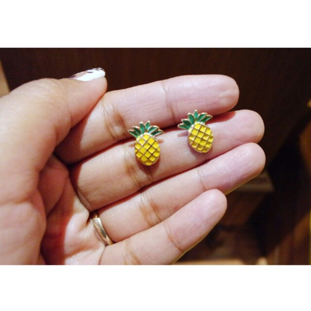 Anting Nanas Pineapple earrings