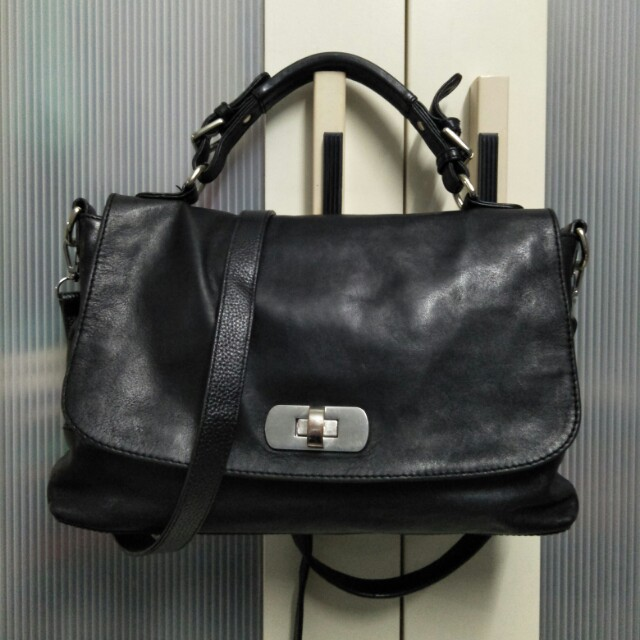 Auth Country Road bag
