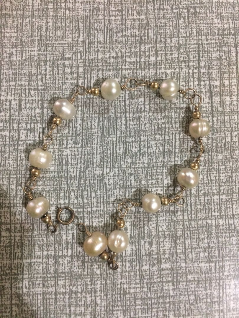 Authentic freshwater pearls bracelet❄️