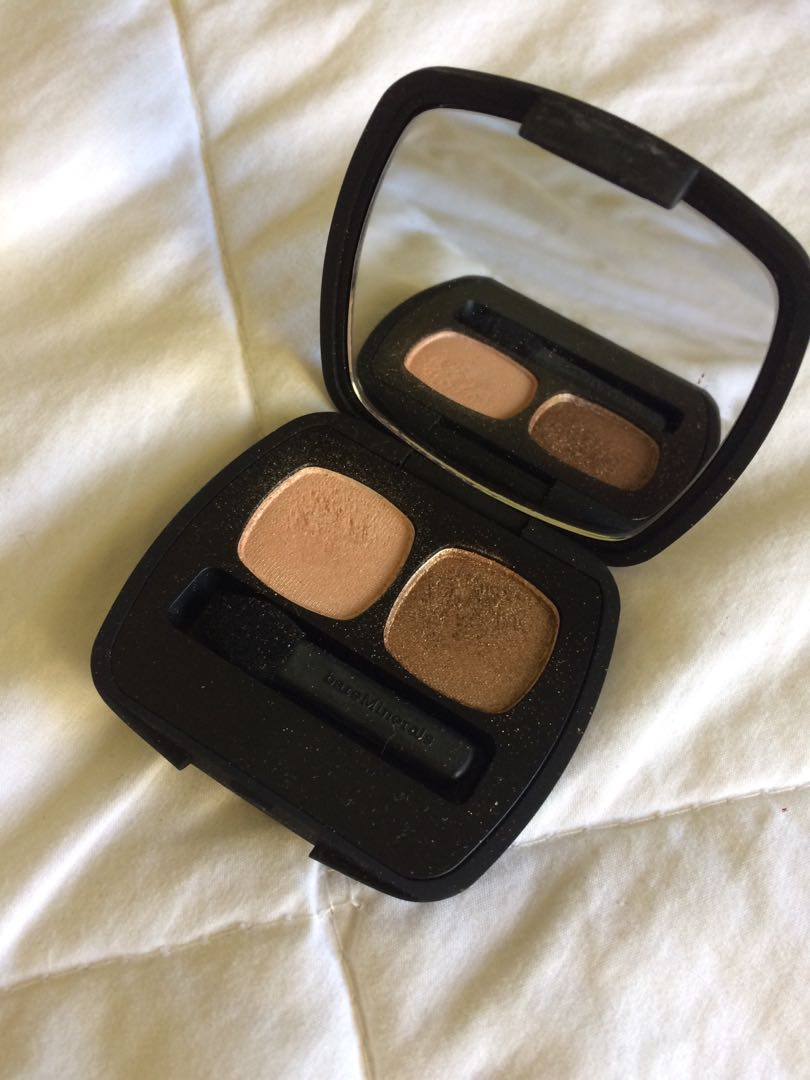 Bare Minerals eyeshadow duo