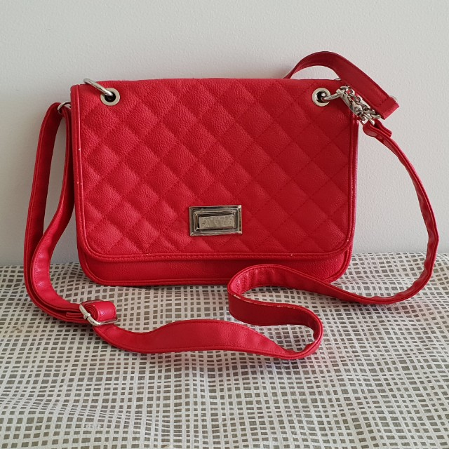 Basque red side bag