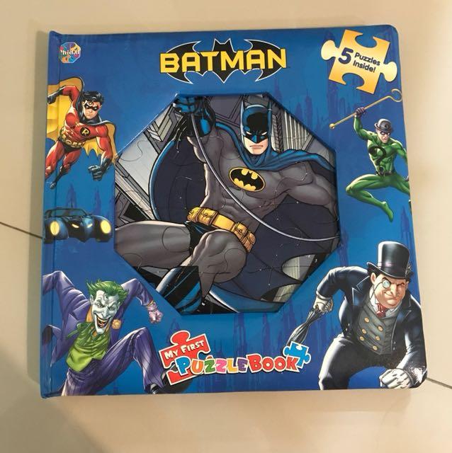 Batman puzzle book