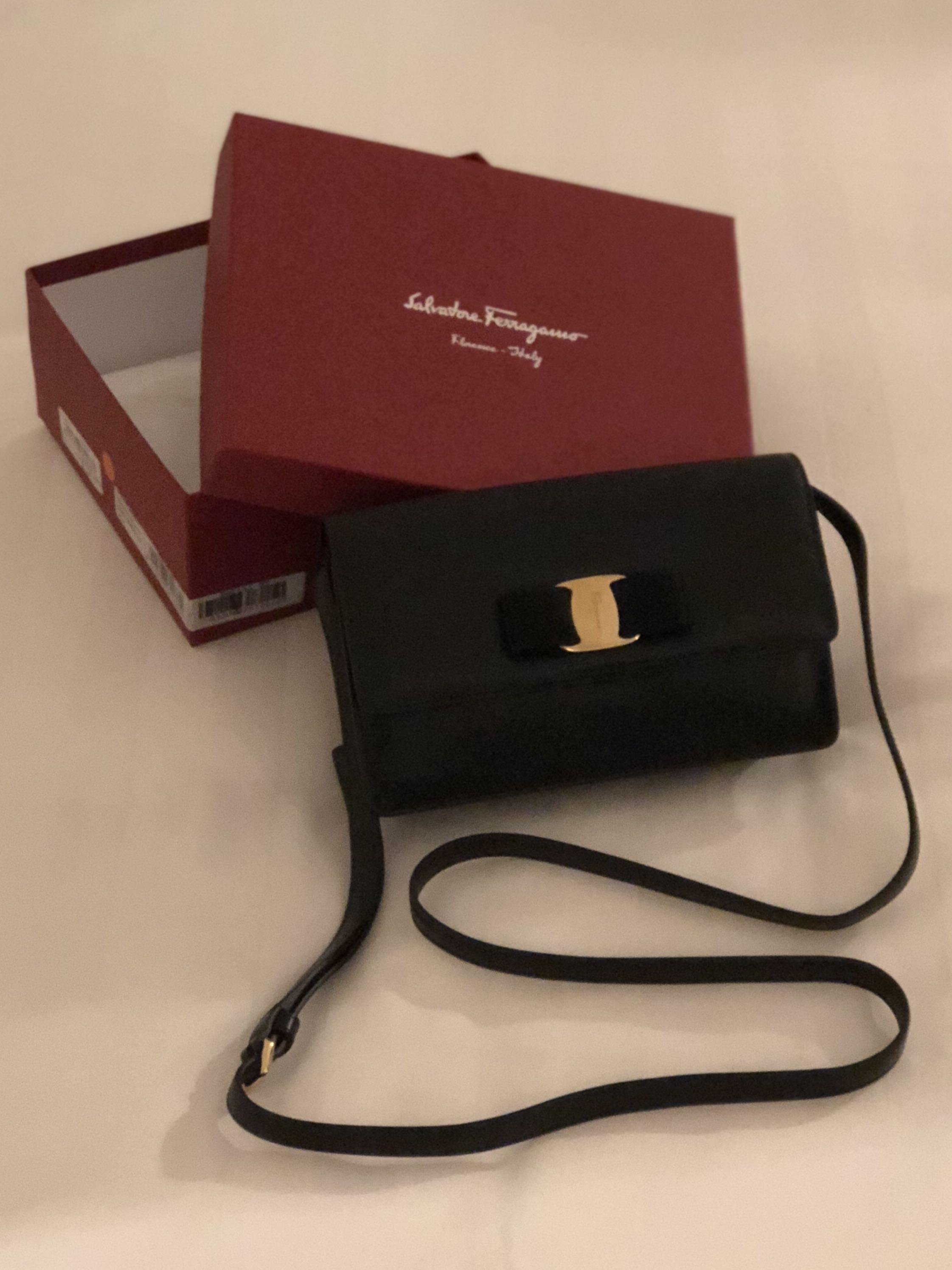 0a3cd4301256 BN Ferragamo Calf Leather Small Bag