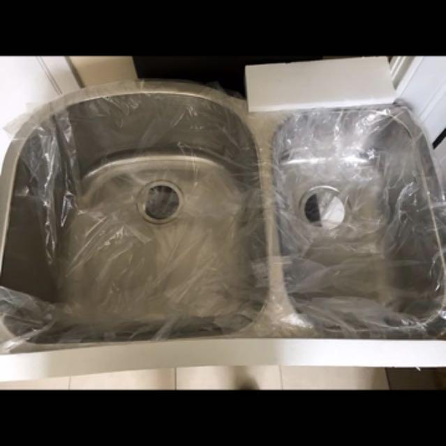 Bnip double kitchen sink