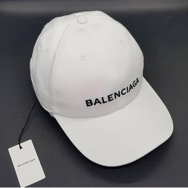 Brandnew! Authentic Balenciaga Cap