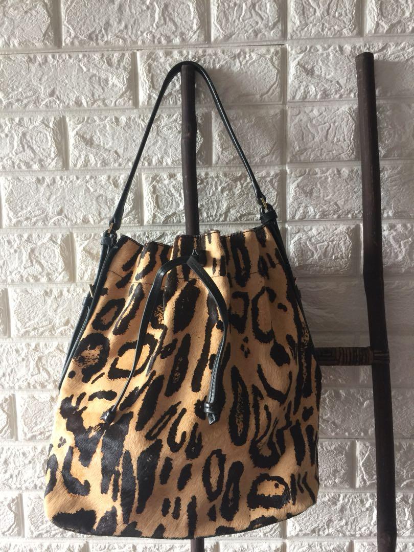 Brand-new Isaac Mizrahi Bag