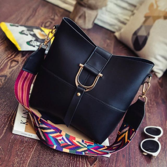 D ring sling bag