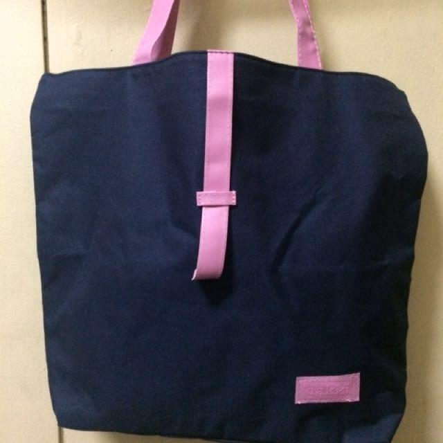 Dakki Shoulder Bag