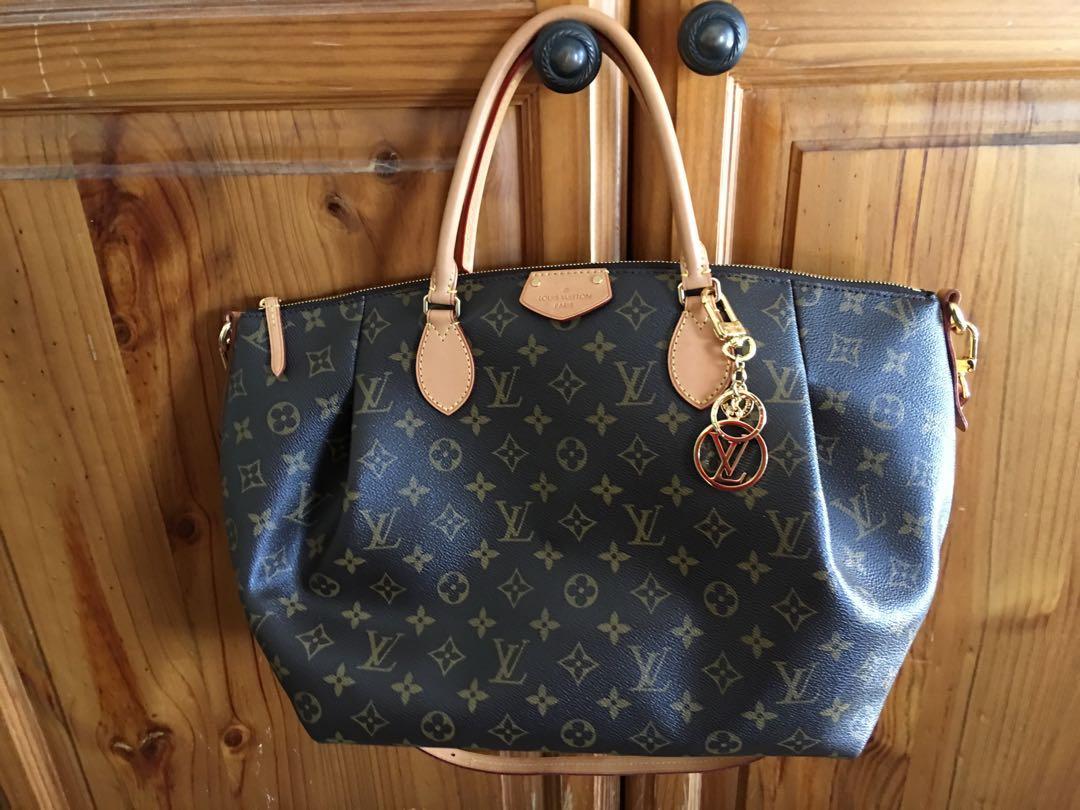 5c8c611827c1 DISCONTINUED Authentic Louis Vuitton Turenne GM Monogram