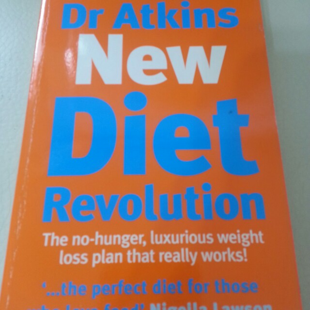 Dr. Atkins' New Diet Revolution   Paperback English  By (author)  Robert C. Atkins