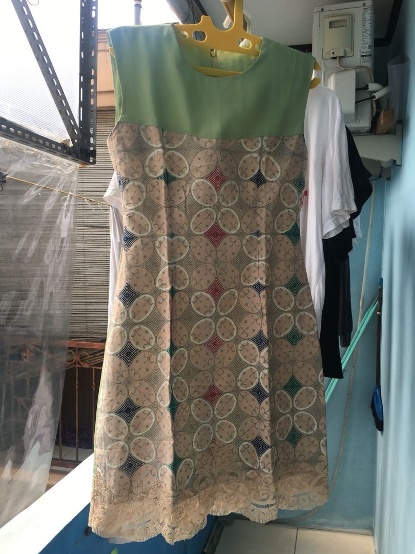 Dress kondangan atau formal