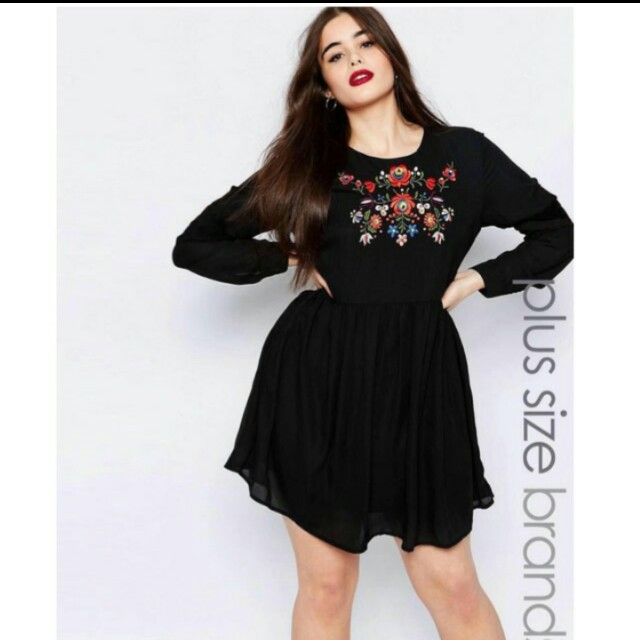 Embroidered floral plus size dress