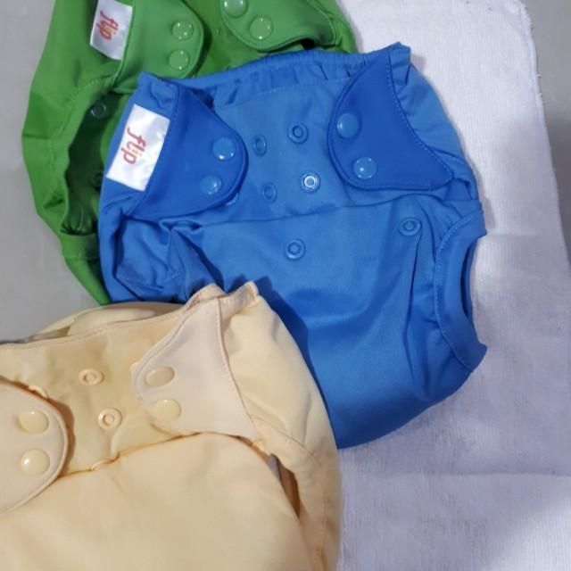 Flip cloth diaper